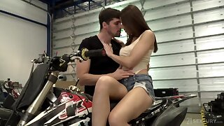 Incredibly hot nympho has nothing against fucking doggy in rough way
